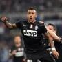 Serie A: Klose und Lazio chancenlos gegen Juventus - http://jackpot4me.com/ergebnisselive/serie-a-klose-und-lazio-chancenlos-gegen-juventus/ - Miroslav Klose kann die italienische Meisterschaft endgltig abschreiben. Mit Lazio Rom verlor der deutsche Nationalspieler das Heimspiel gegen Spitzenreiter Juventus Turin und muss jetzt um die internationalen Pltze bangen. Entscheidender Mann war ein alter Bekannter aus der Bundesliga.