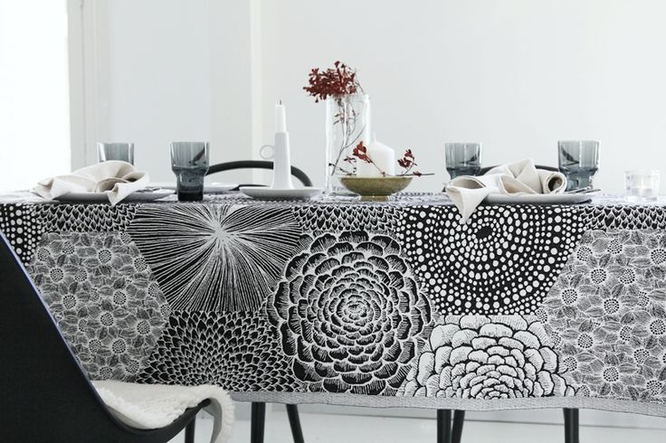 Ruut table cloth/bed spread _Lapuan Kankurit