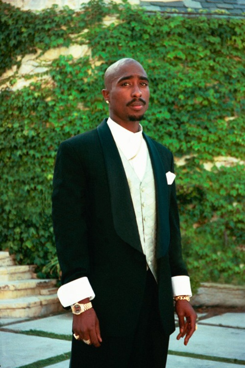 Tupac Shakur born in NYC, raised in baltimore maryland, made it big in the Bay area. #2Pac #hiphop #rap http://www.pinterest.com/TheHitman14/musician-raphip-hop-%2B/