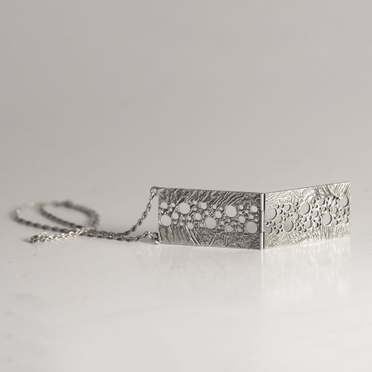 Silver necklace by Liisa Vitali