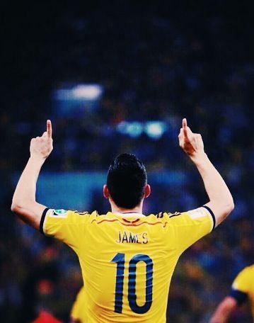Gooooooooooooolazoooo de Colombia por parte de James Rodrigez!!!!! 7•4•14 #Vamos Colombia #FIFAWorldCup2014 / Brazil vs Colombia