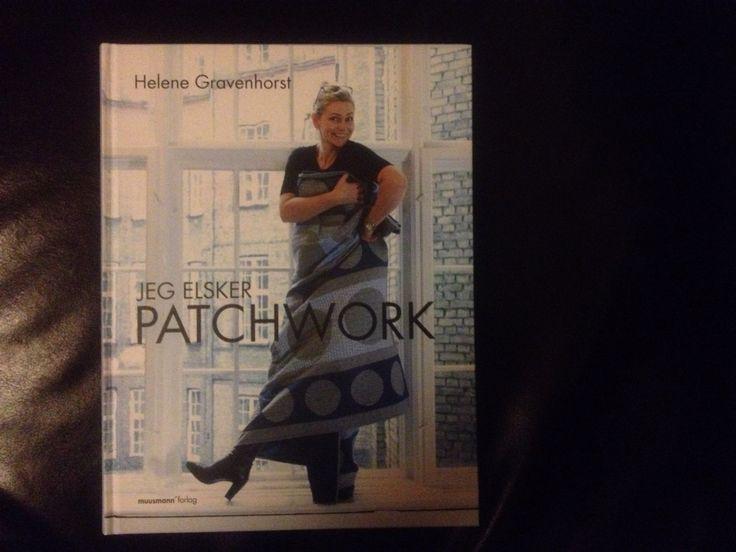 Julegave fra min søn Seb ❤️  Bogen - Jeg elsker patchwork  af Helena Gravenhorst