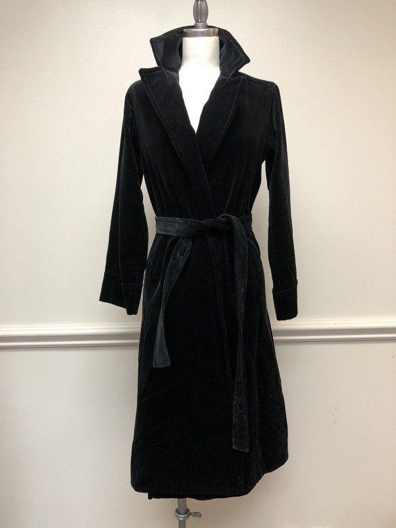 e471a6b41 Vintage 1970s/1980s de Ball Velvet Black Opera Belted Coat | Etsy ...