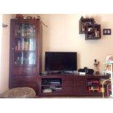 Marca: Banak Descripción: El conjunto está formado por, mueble bajo de tv (160cm largo, 57cm ancho y 47 cm alto. ) , vitrina con 3 cajones ...