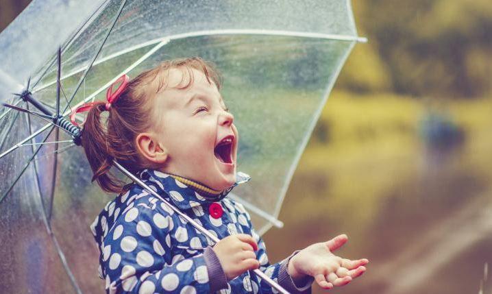 OMG it's raining - CRAFT DAY!!