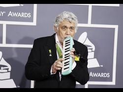 Jamaica's jazz great Monty Alexander for five-night NYC show | Entertainment | Jamaica Gleaner  ||  Jamaica's jazz great Monty Alexander for five-night NYC show Published: Sunday | December 31, 2017 | 12:00 AM Monty Alexander in one of his electrifying piano performances. 1 2  Award-winning, Jamaican-born jazz great, Monty Alexander, will bring his unique brand of jazz back to New…
