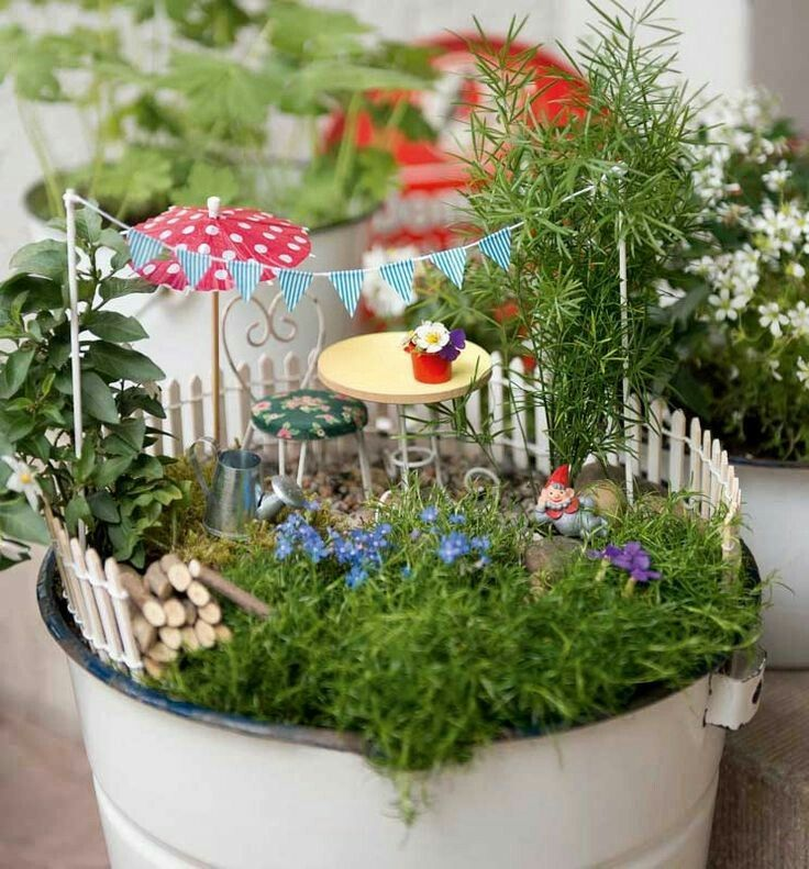 pin von anne kensok auf terrariums fairy gardens pinterest mini garten gartenideen und. Black Bedroom Furniture Sets. Home Design Ideas