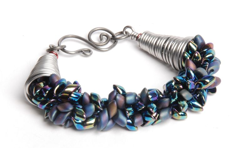 Stitch up a quick kumihimo beaded bracelet design with this step-by-step project by Tammy Honaman, today on BeadingDaily.com.