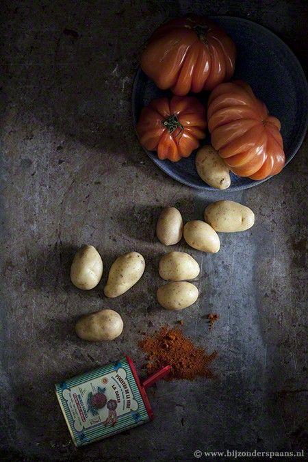 Patatas bravas met pittige salsas bravas  Bijzonder Spaans