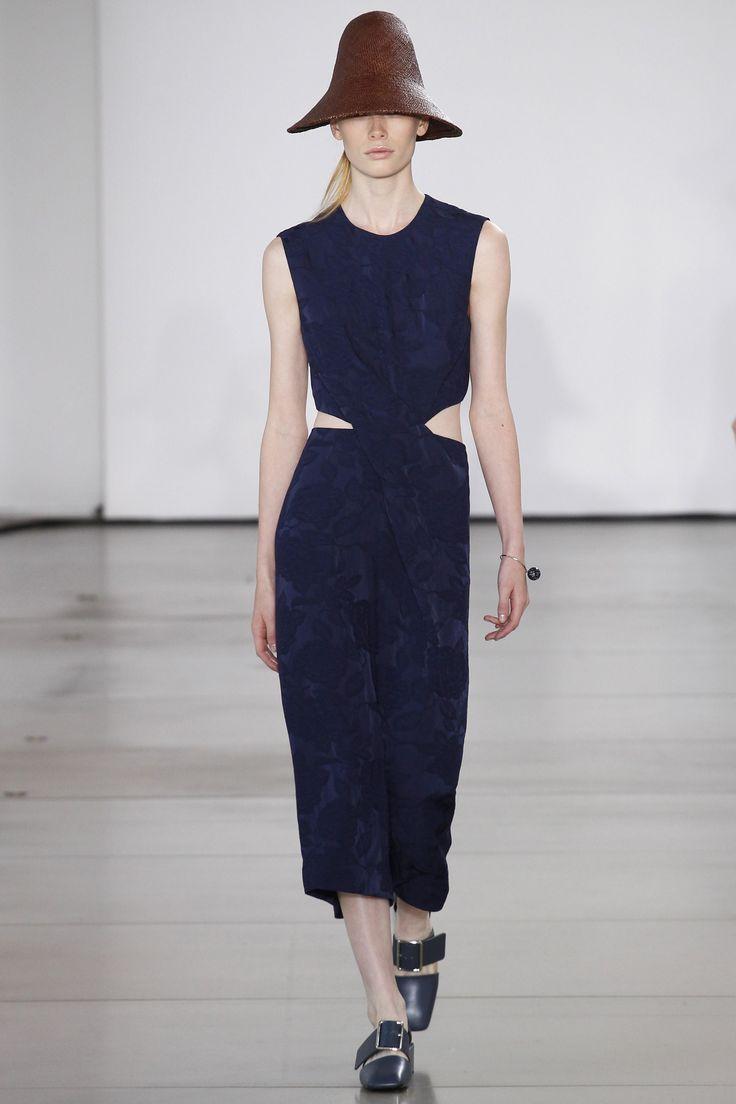 Jil Sander Spring 2016 Ready-to-Wear Fashion Show - Julia Hafstrom