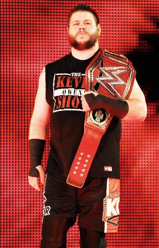 WWE Universal Champion Kevin Owens