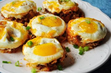 Tater Tot Cups with Cheese & Eggs