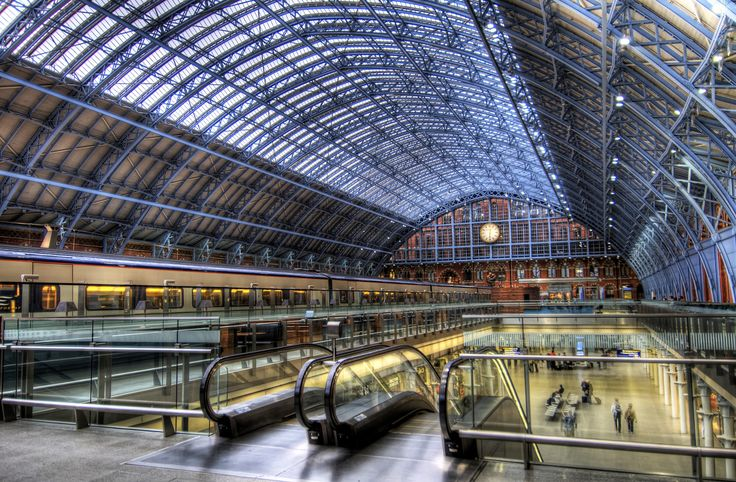 St-Pancras International Train Station