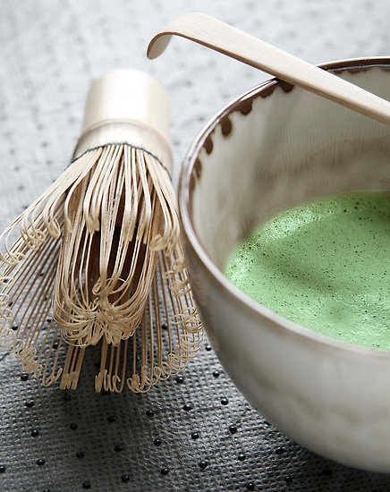 01.02.2013 - My drink for this year - Japanese matcha tea and bamboo whisk