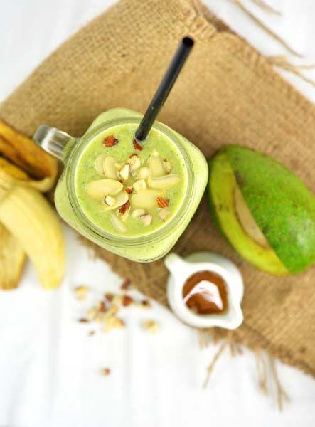 Smoothie για ενίσχυση ανοσοποιητικού με με αβοκάντο και μπανάνα, συνταγές για χορτοφάγους χωρίς γλουτένη