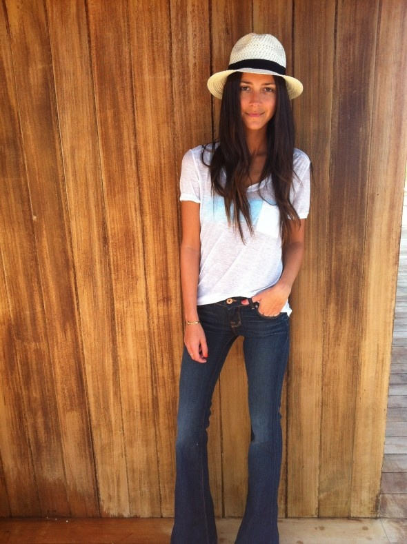 JBrand jeans/Love Story in Dark VintageFlare Jeans, Fashion, White Tees, Style, White Shirts, Jbrand Dark, Jbrand Jeans, Jbrand Lovestory, J Brand