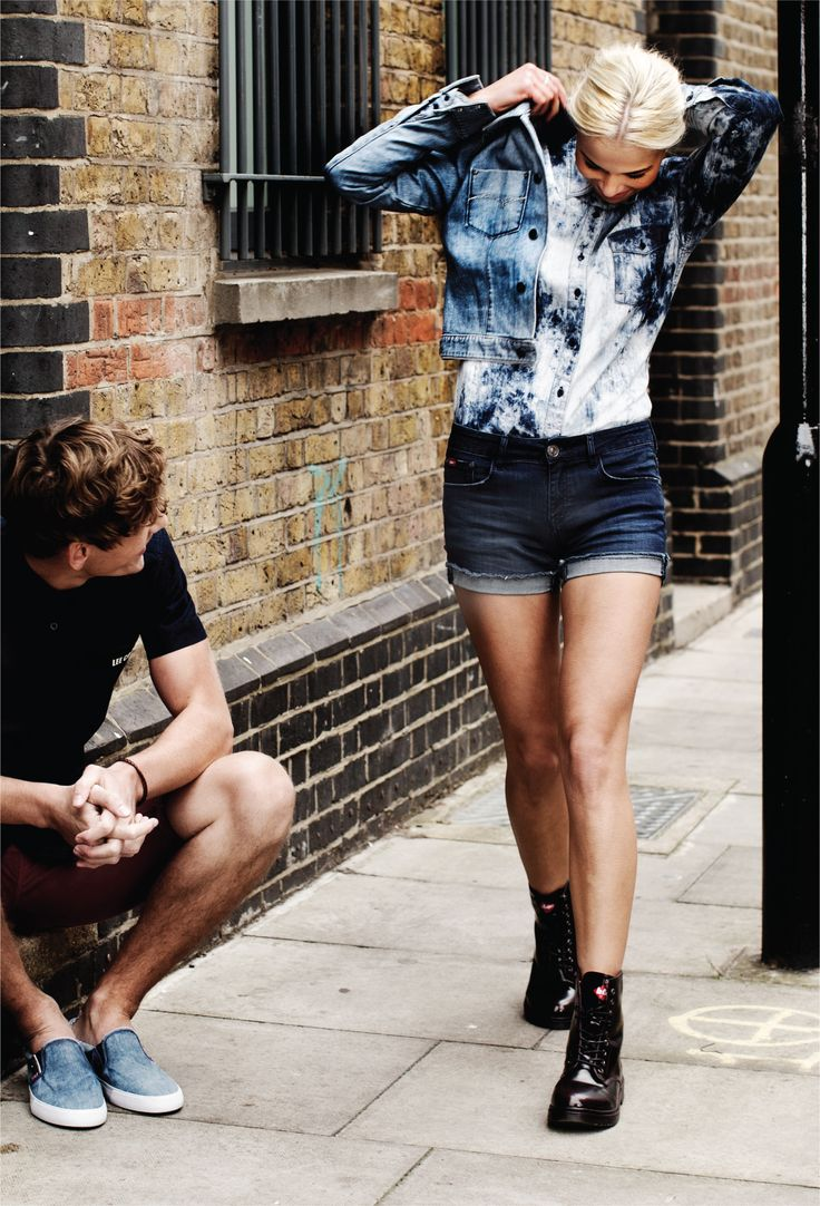Famous fashion blogger -  Relaxation Couple Love Newcollection New Blog Blogger Beautiful Cute Casual Mode Model Look Ootd Famous Fashion Fashionblogger Denim