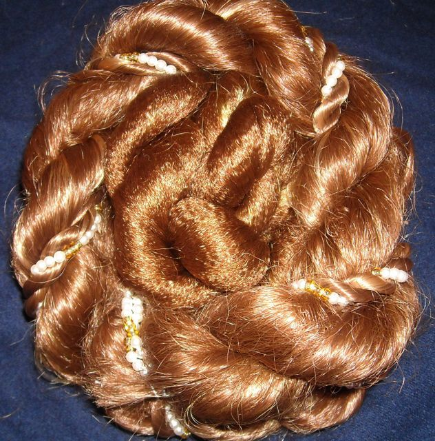 How to make a fake braided bun hairpiece. one of those ideas I should have thought of myself.