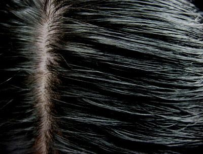 How To Use Henna And Indigo To Colour Your Hair Black?