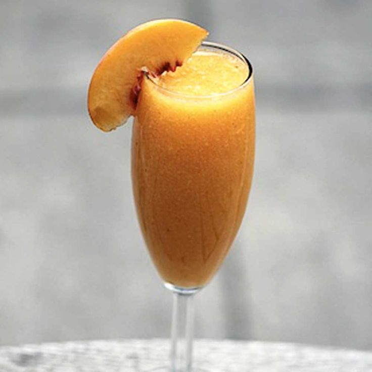 Peach Bellini Create a Fruity, Fresh, and Sweet drink with our Peach White Balsamic Glaze!  Fill a Champagne flute with ice cubes. Add Prosecco or Sparkling Wine and a teaspoon of Peach White Balsamic Glaze. Stir and strain into a chilled wine glass.