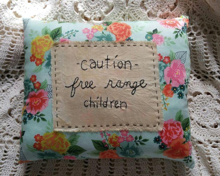 Prim Stitchery Free-range Children Pillow ~OFG by scrapsofthepast on Etsy