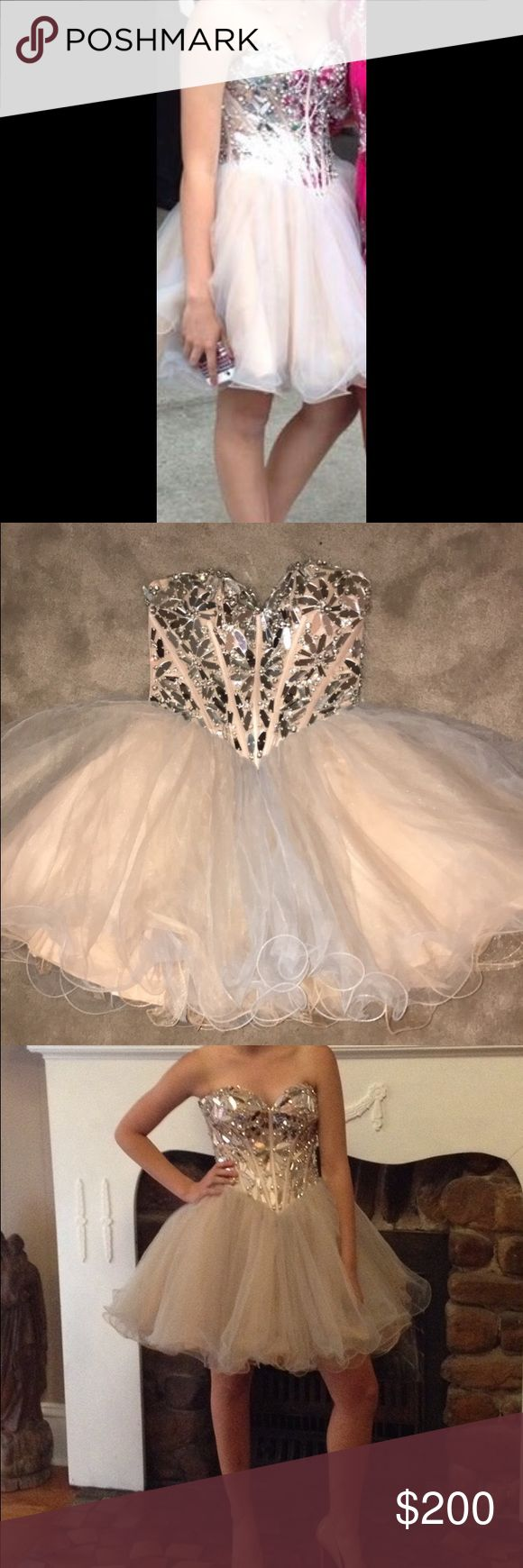 Sherri Hill Short Dress Sherri Hill Short 1403 Size 00 Dress. Perfect for Formal Dances. Worn Once. Open to negotiations for price Sherri Hill Dresses Prom
