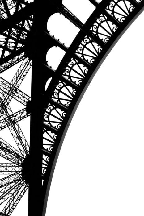 FRANCE, Paris: I too noticed that Eiffel Tower (here via Margaret Lillian) offers so many beautiful details when you take time to spot them.Like here in this beautiful black and white photo.