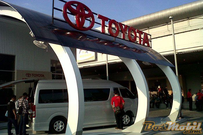 IIMS 2013, Ajang Toyota Kenalkan Toyota Dyna #IIMS2013