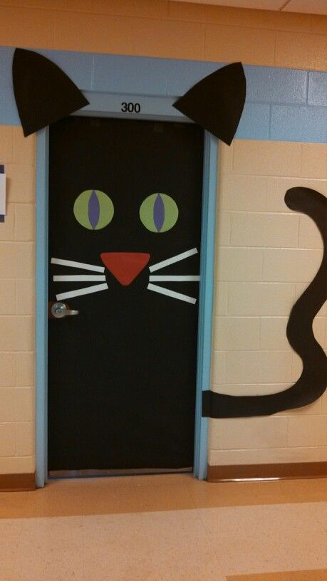 7 halloween door decoration ideas - Halloween Cat Decorations