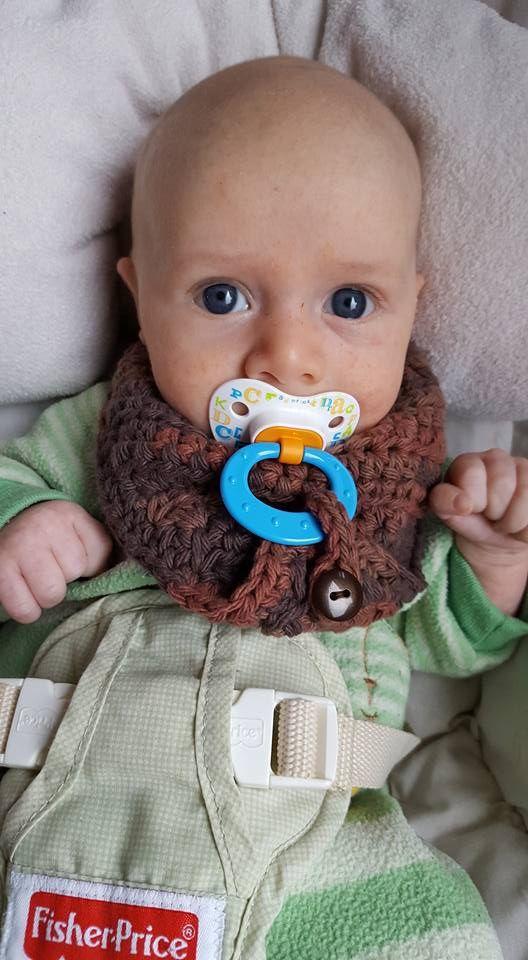 Crochet Baby Bandana Bib Pattern  Two sizes! ADORABLE!
