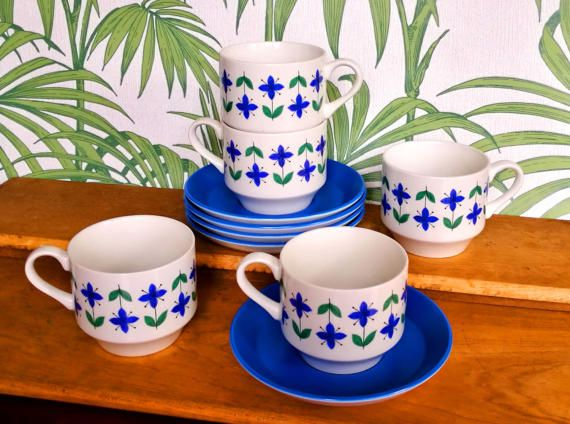 "Mid Century Modern MCM cups and saucers MIDWINTER pottery ""ROSELLE"" pattern in blue, True vintage Retro cups and saucers tea set of 5"