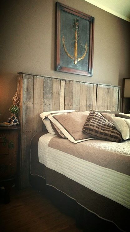 1924338_968468116513835_6530575343479779041_n I'm not much into nautical themes but this bedroom is wonderful!