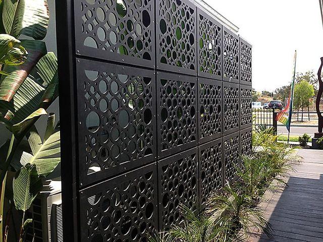 Decoratieve metalen tuin privacy schermen-inplaatbewerkingsindustrie van custom fabricage diensten op m.dutch.alibaba.com.