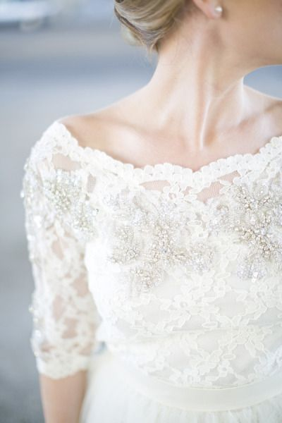 Love the lace sleeve detail on this dress.