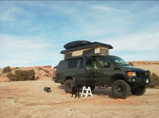17 images about 4x4 camper vans on pinterest ford 4x4 for Garage 4x4 ain