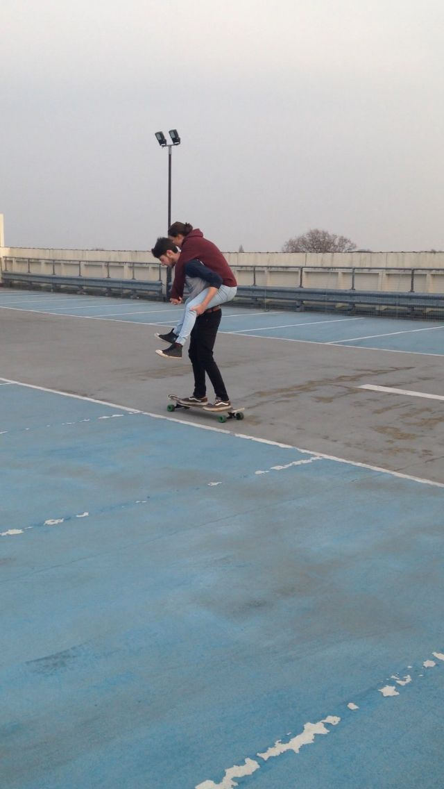 #skating #longboard #couple #love