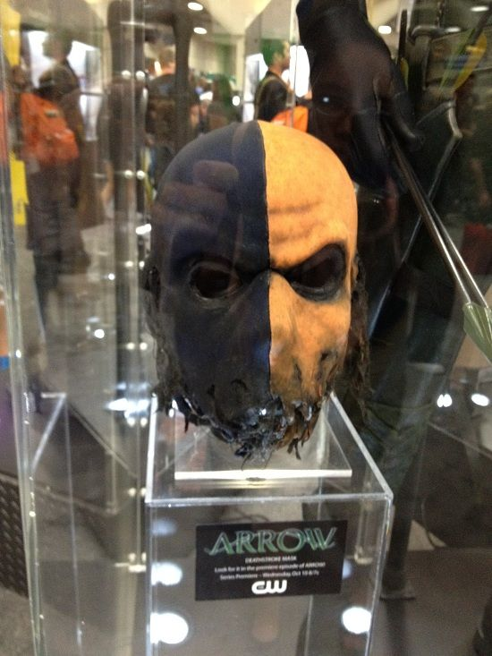 Deathstroke mask off of the ARROW pilot This was awesome ...