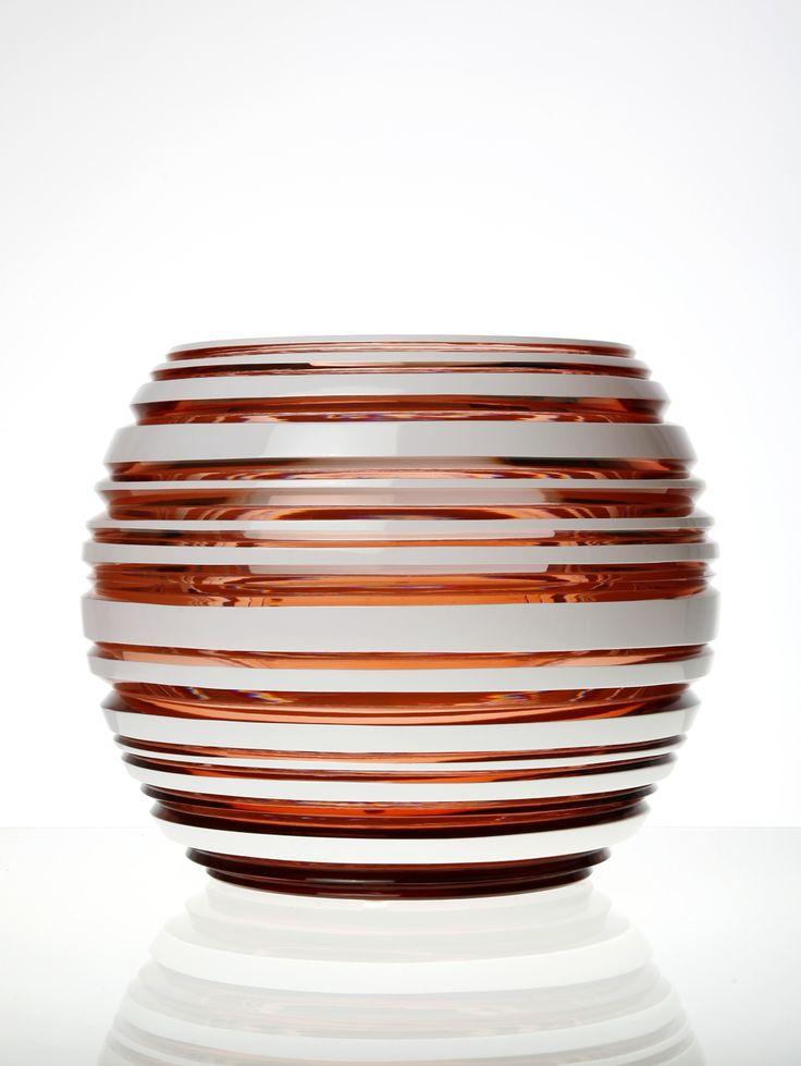 Vase for Moser a.s.  Author: Jakub Mendel