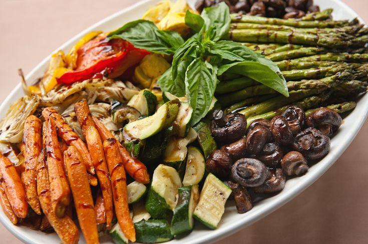 Vegetable platter | Backyard Weddings & Events | Pinterest ...
