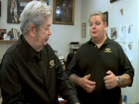 PAWN STARS: Corey Explains Facebook to his grandfather. I <3 this show...this made me lol :)