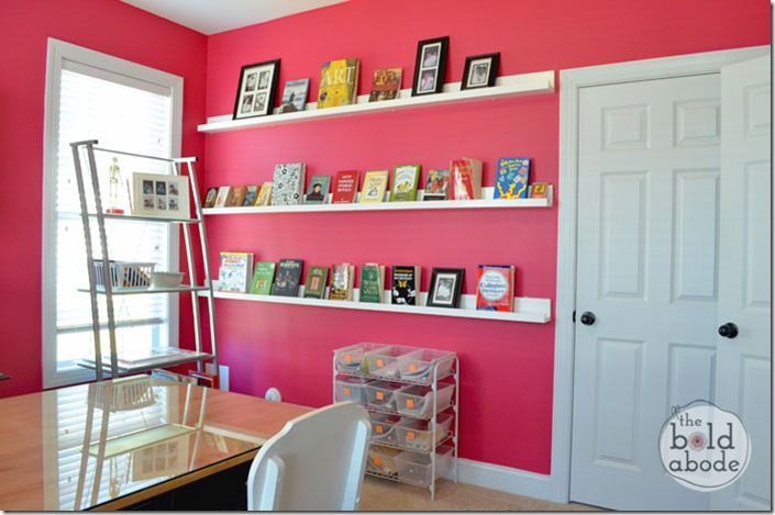 Love these gallery shelves - a great way to clear clutter and spruce up a boring wall :-)