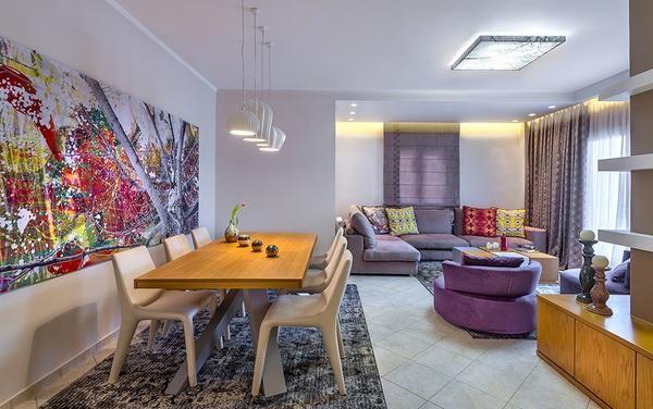 Времена года в интерьере уютной и красочной квартиры на острове Крит, Греция