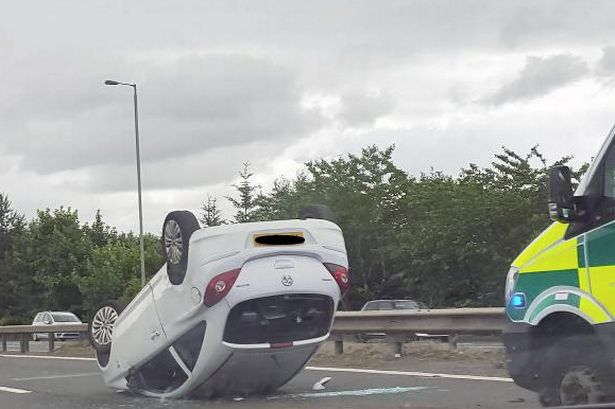 Driver escapes injury despite horror crash on motorway near ...  Driver escapes injury despite horror crash on motorway near Glasgow Airport. A car was left ... 8.55am today. Traffic came to a standstill as one road was closed.  #ZincLegal #RoadTrafficAccident