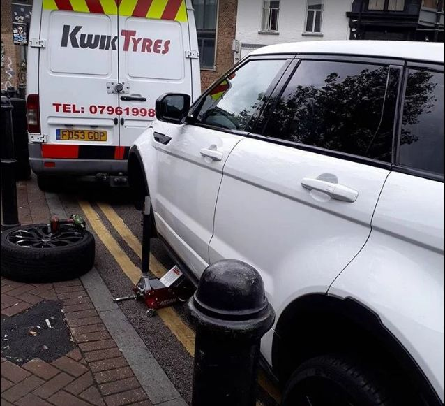 Looking for Best Mobile Tyre Services in London then you can contact at Kwik Tyres.
