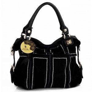 Wholesale handbags distributors help to destock your space |