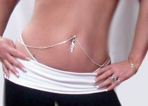 Prettiest Belly Button peircing!: Belly Piercing, Belly Rings, Piercing Ideas, Buttons Rings, Chains, Belly Buttons Piercing, Jewelry, Bellybutton, Tattoo