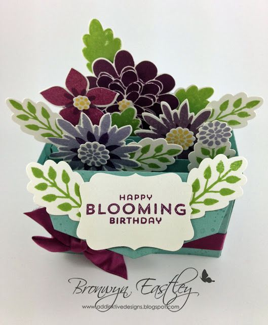 addINKtive designs: Flower Patch Card in a Box made from the Gift Card Envelope Die