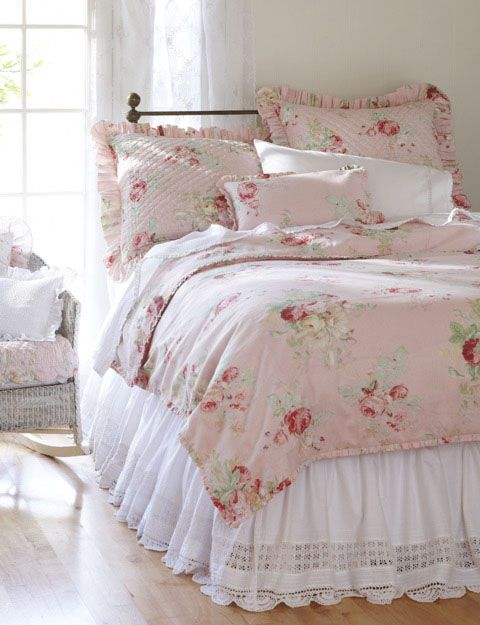 shabby pink  bedding!!!: Cottages Bedrooms, Beds Skirts, English Cottages, Shabby Chic,  Comforter,  Puff, Beds Linens, Pink Bedrooms, Girls Rooms