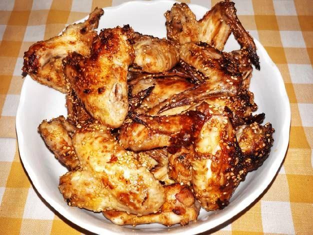 Pikáns csirkeszárnyak
