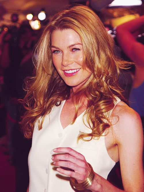 Ellen Pompeo. I love watching her do interviews! Her laugh is so cute & infectious. Oh, and she plays Meredith Grey. How fabulous!